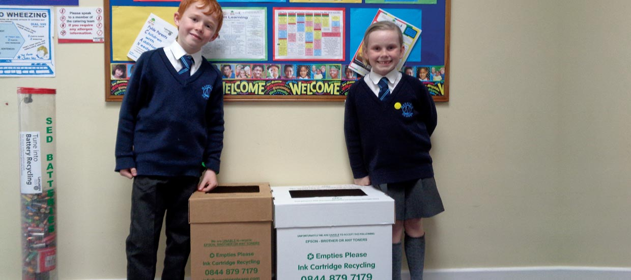 school pupils recycling project